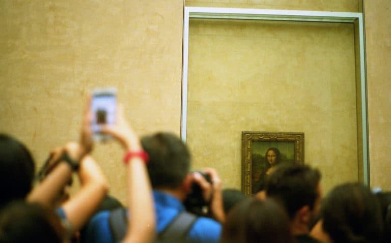 レオナルド・ダビンチ《モナリザの微笑》ルーブル美術館パリ