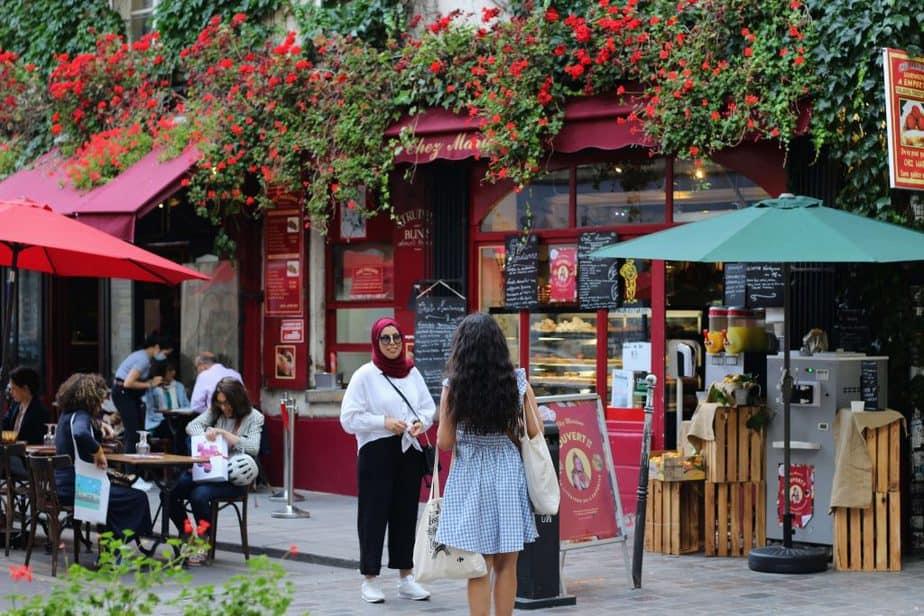 パリのマレ地区のレストランChez Marianne