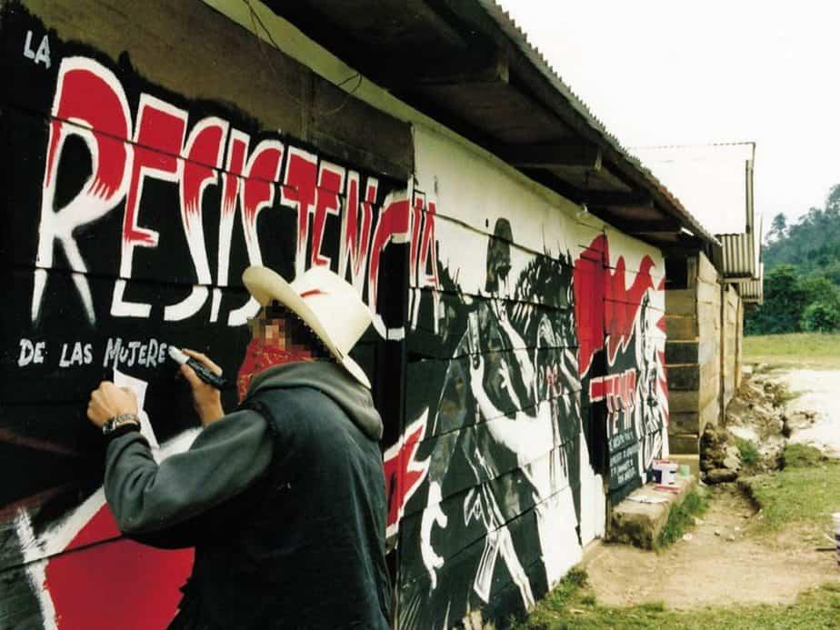 【バンクシーとイーストン・カウボーイズ】左翼「サパティスタ(Zapatista)民族解放軍」2001年